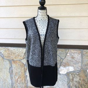 Charlie Paige Two-Toned Gray & Black Cardigan Vest